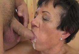 Superannuated lady gets cum facial