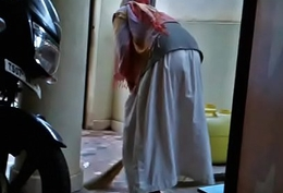 Hot desi maid