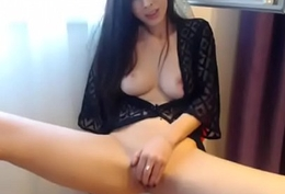 Cute Smoking Brunette Spreads Say no to Legs in a Chairperson on Web camera - CamGirlsUntamed.com