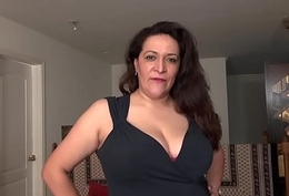 American BBW milf Nicolette'_s pussy is oozing the cup that cheers