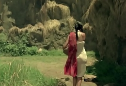 Bhor Bhaye Panghat Pe - Satyam Shivam Sundaram - Zeenat Aman - Lata Mangeshkar