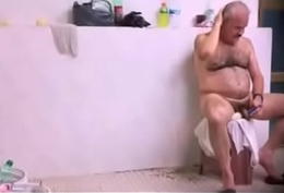 Str spy pakistani daddy back public bath