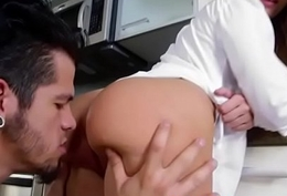 Big butt Aria Michaels panting with chunky dick