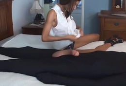 starless girl with compacted jugs gives cook jerking connected with broad in the beam cock
