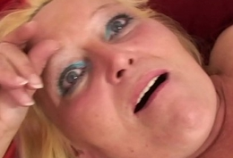 Tow-haired spreads her hairy old pussy for him