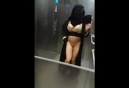 musulmane nue sous son niqab 2