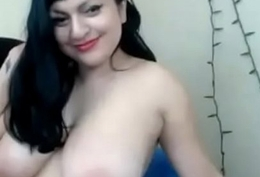 BBW with Big Boobs Shows on CAM - LIVE NOW // webcamhooker.us