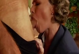Fuck Be transferred to Retro MILF At Be transferred to Office
