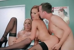 Doctor Easy Soft-soap With the addition of Bang Horny Patient (Briana Banks &amp_ Nikki Benz) mov-09