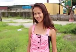 フィリピンの売春婦 Picking up 18 yo pinay with respect to perfectly slim synod / CheapAsianTeens.com