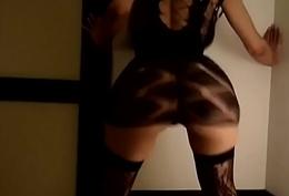 BABE TWERKING THAT HOT BOOTY OF HERS more on http://www.allanalpass.com/CMQ95
