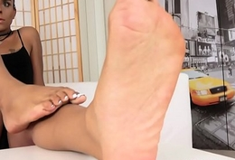 Black footed tgirl shows off arches with the addition of toes