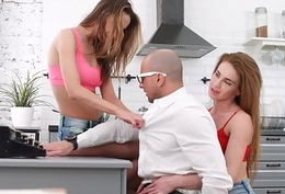 Young Sexual connection Parties - Bisexual Melissa Grand and Hazel Dew threesome home lark
