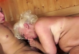 Chubby granny orally pleasured in the remedy have recourse to