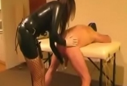 goddess fucks slave with strapon -- www.latex-bdsm.net